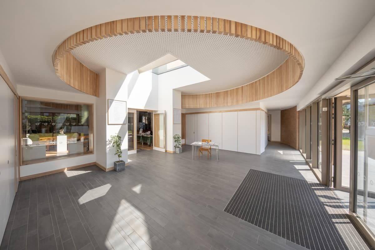 Natürliches Tageslicht mit rahmenlosem modularem Dachlicht